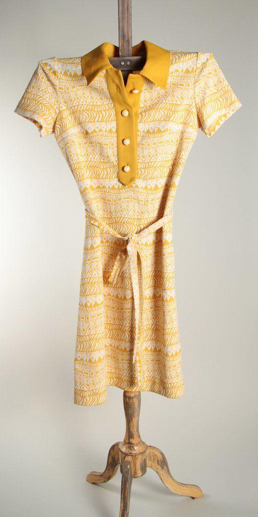 60's yellow knit dress