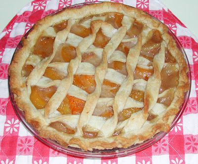 Golden Peach Pie With Canned Peaches Peach Pie Recipes Easy Pie