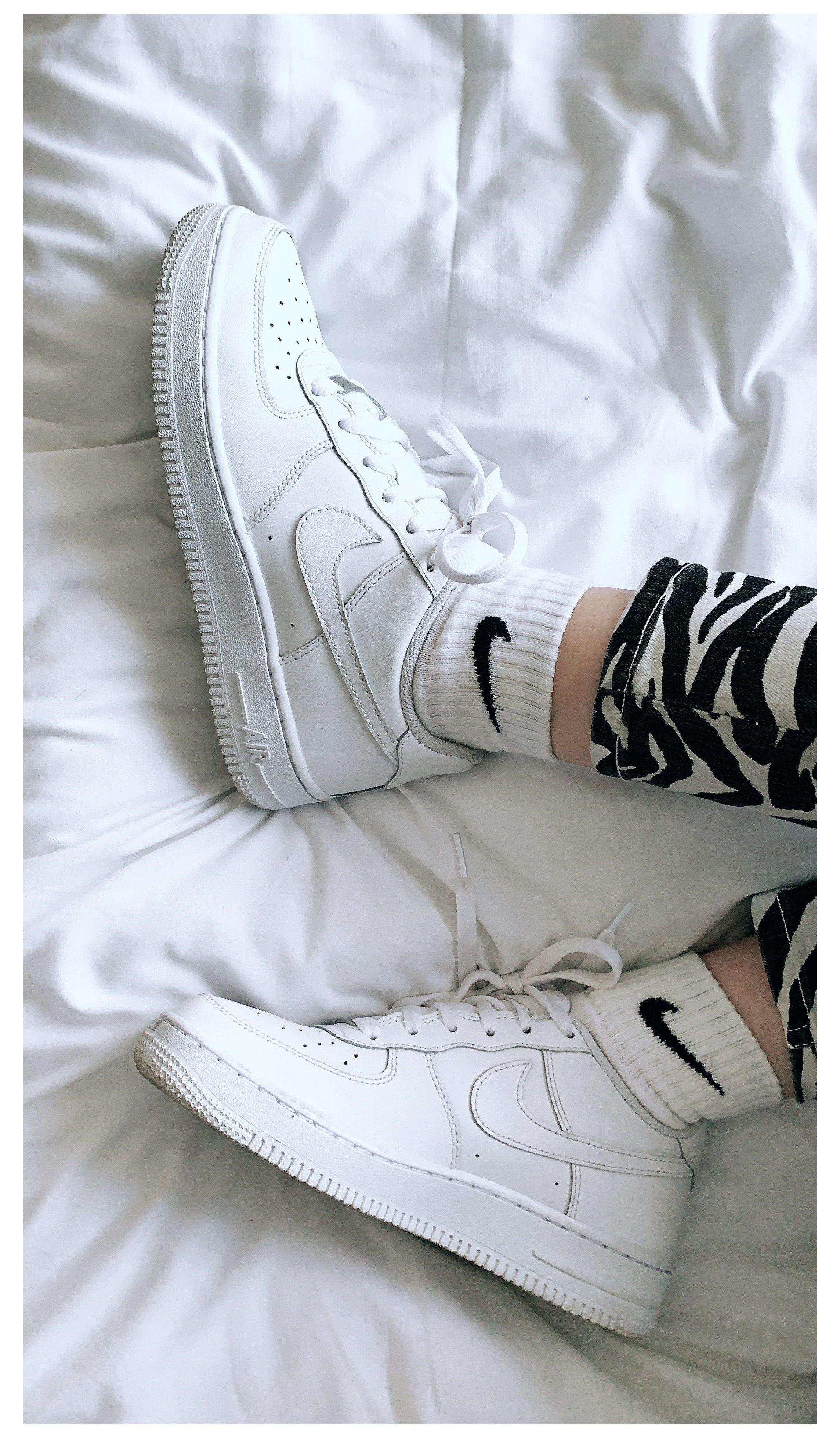white kd 1s