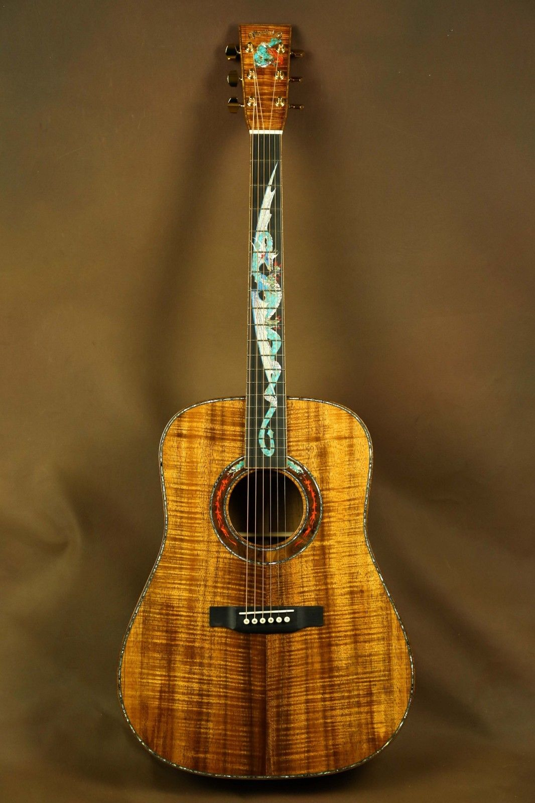 Martin Dragon Custom Dreadnought Highly Figured Koa Acoustic Guitar D 41 D 45 Ebay Violao Voce Me Completa Cursos