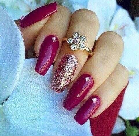 Deep Red Magenta With Gold Detail Trendy Nails Magenta Nails Pink Nails
