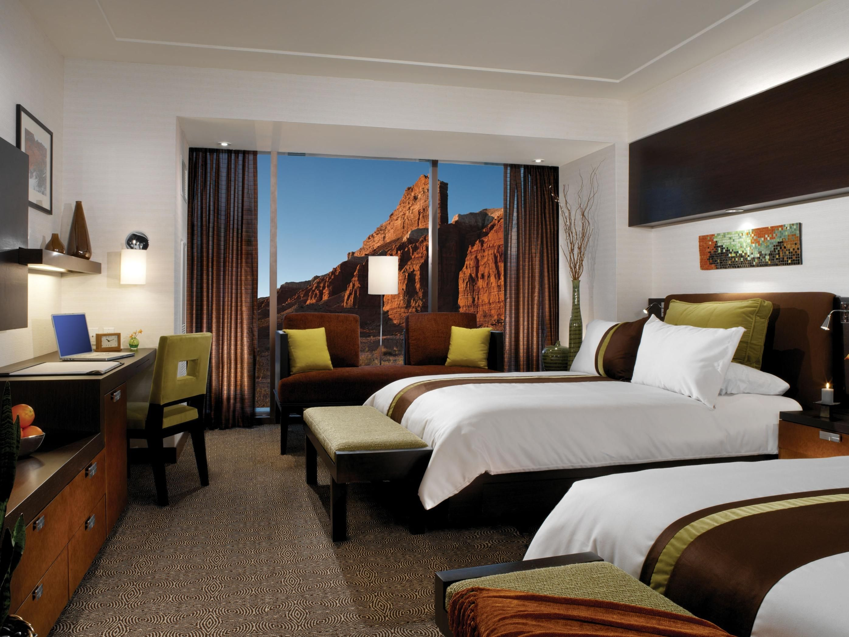 Read Real Reviews Guaranteed Best Price Special Rates On Red Rock Casino Resort Spa In Las Vegas Nv Un Red Rock Casino Casino Resort Hotel Room Interior