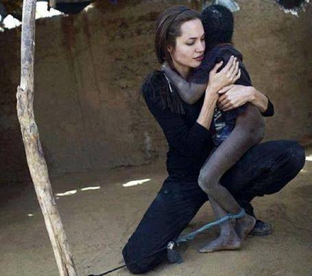 Essa mulher não é apenas uma ótima atriz e um rosto bonito! Ela é humana! A ajuda humanitária que ela está a frente é algo espetacular! Uma guerreira do bem