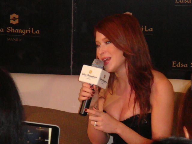 It S Summer Lovin With Renee Olstead At Her March 29 Dinner Concert Renee Olstead Renee Concert