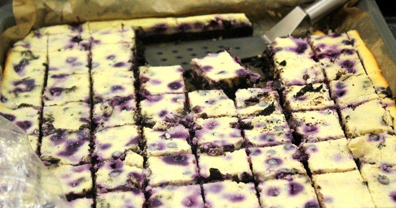 Käsekuchen-Brownies mit Blaubeeren nach Tim Mälzer – ein tolles Rezept!