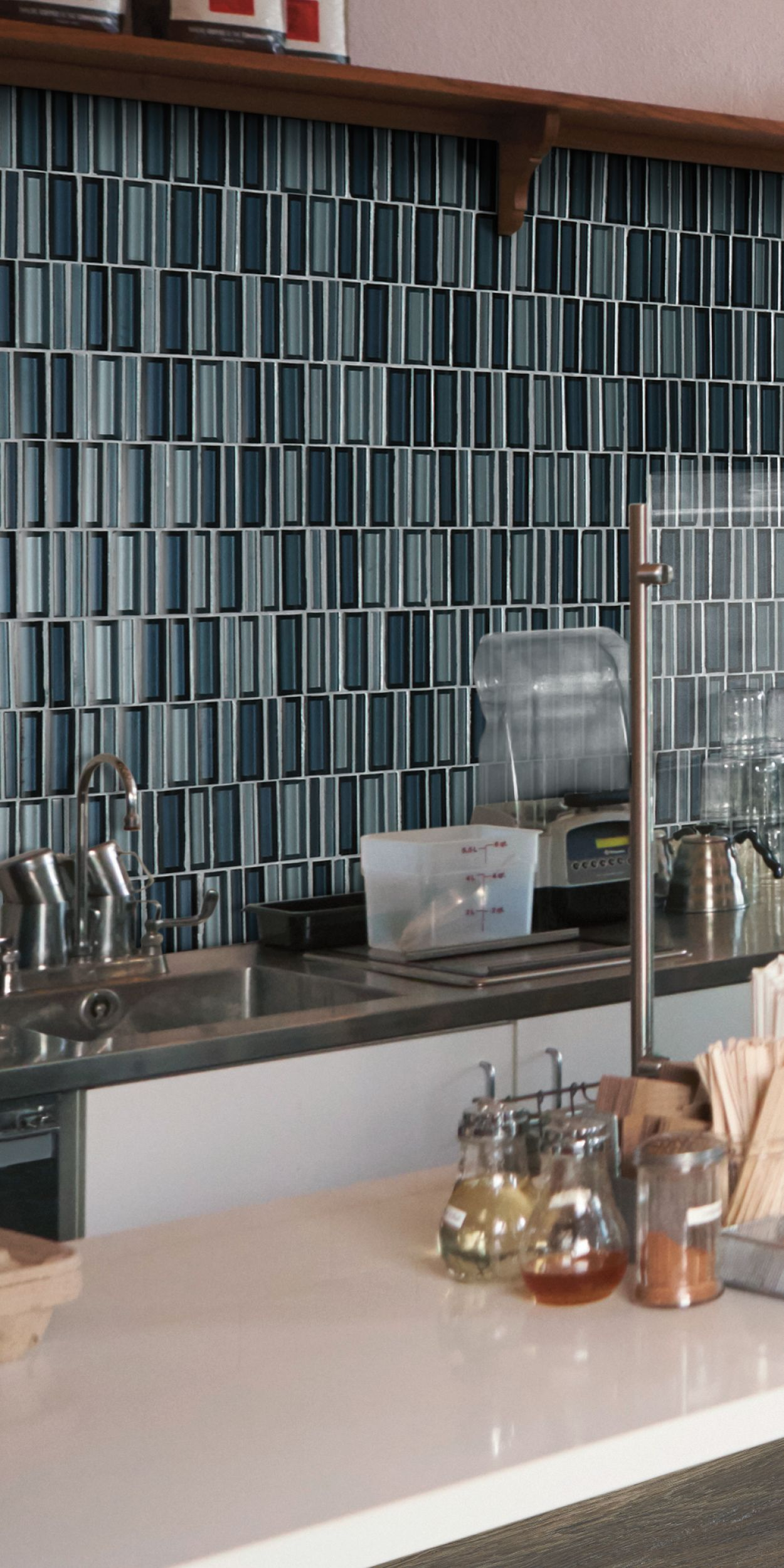 Experience The Cascading Waters Collection Daltile House Design Kitchen And Bath