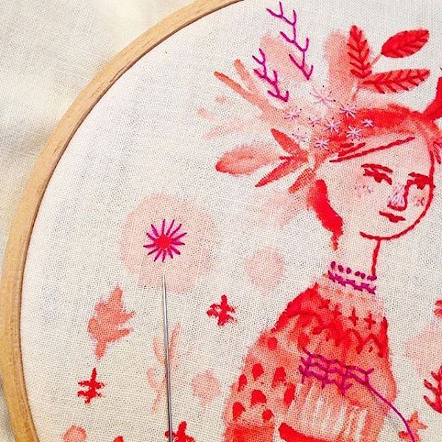 Here's another piece by @abigailhalpin. This time, an #embroidery! I love the combo of #thread and #paint.