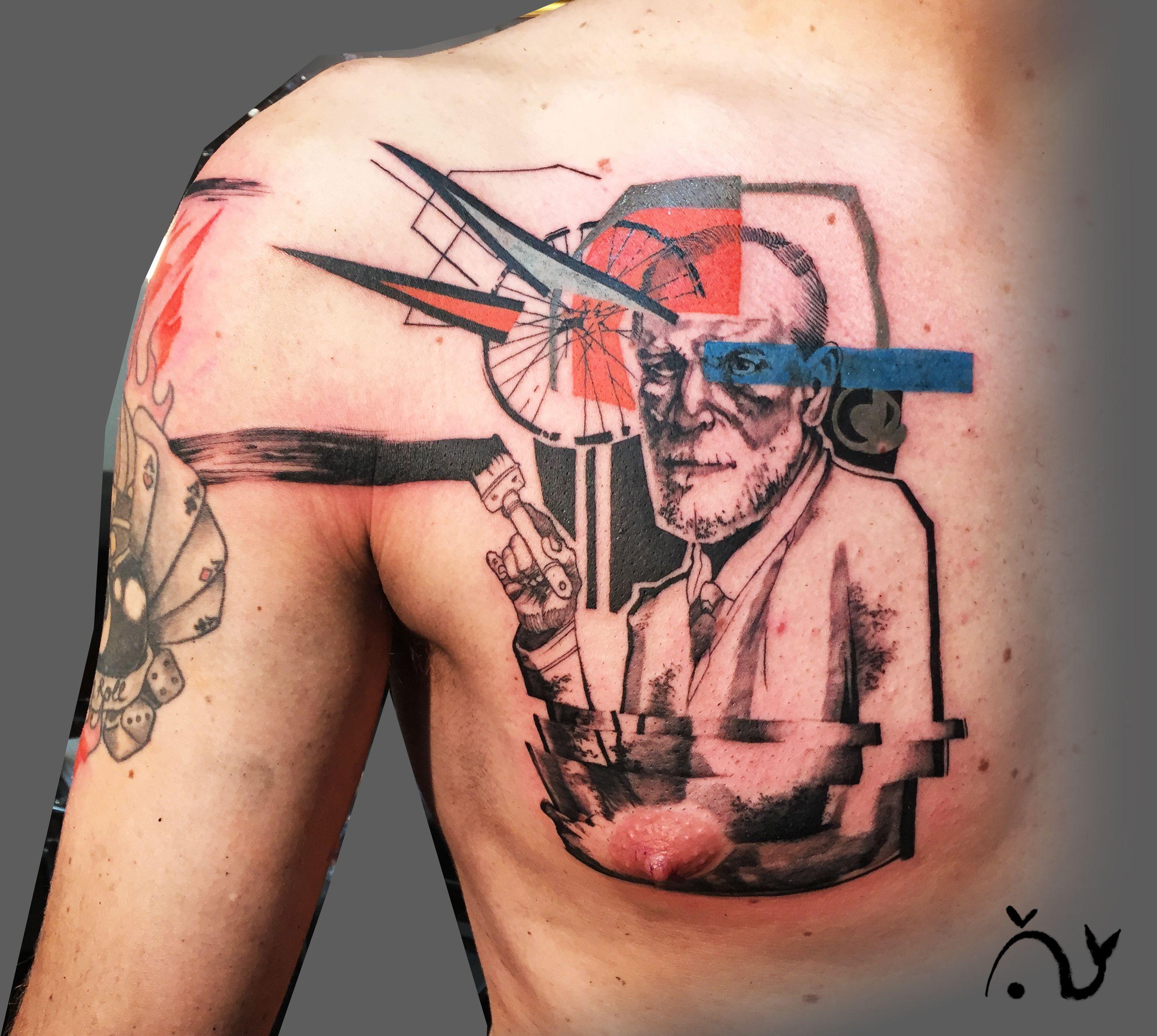 Le tattoo D'Anon.  Freud .