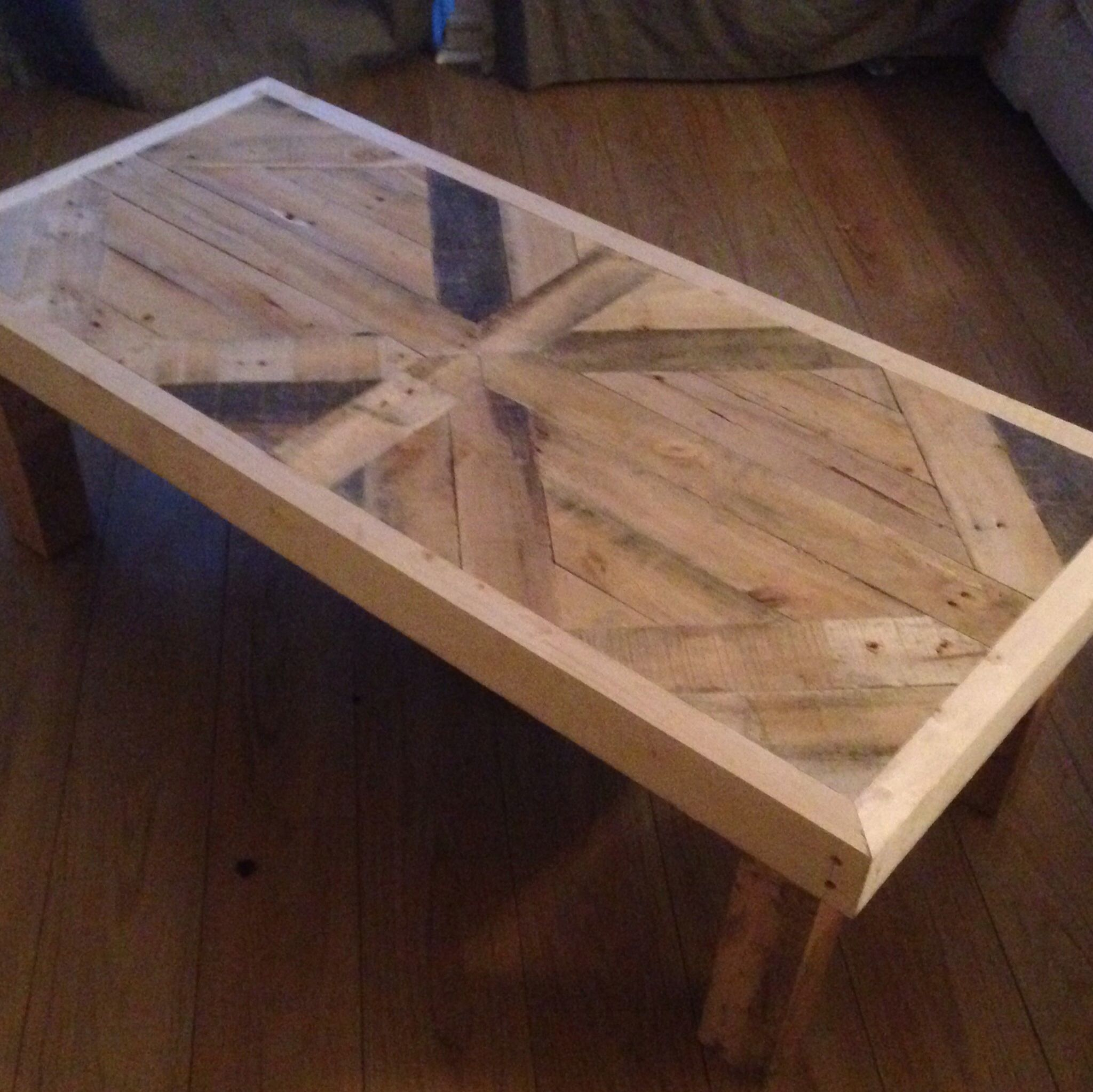 Home Made Coffee Table From An Old Pallet And S Wood