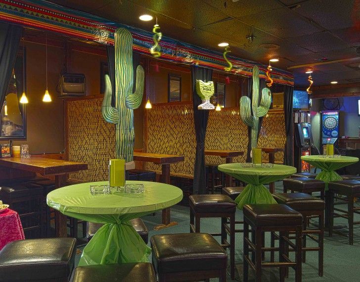 Check Out This Restaurant S Desert Theme Mexican Restaurant