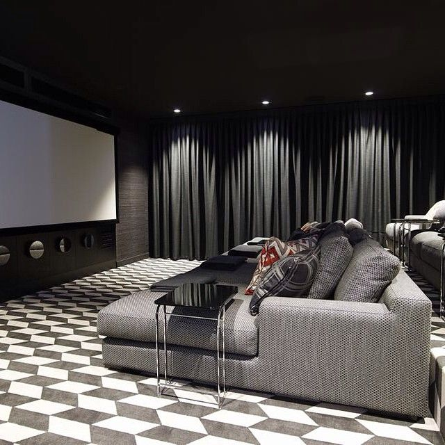 Home Theatre Decorations: Is This Not One Of The Most Elegant Home Cinema Rooms You