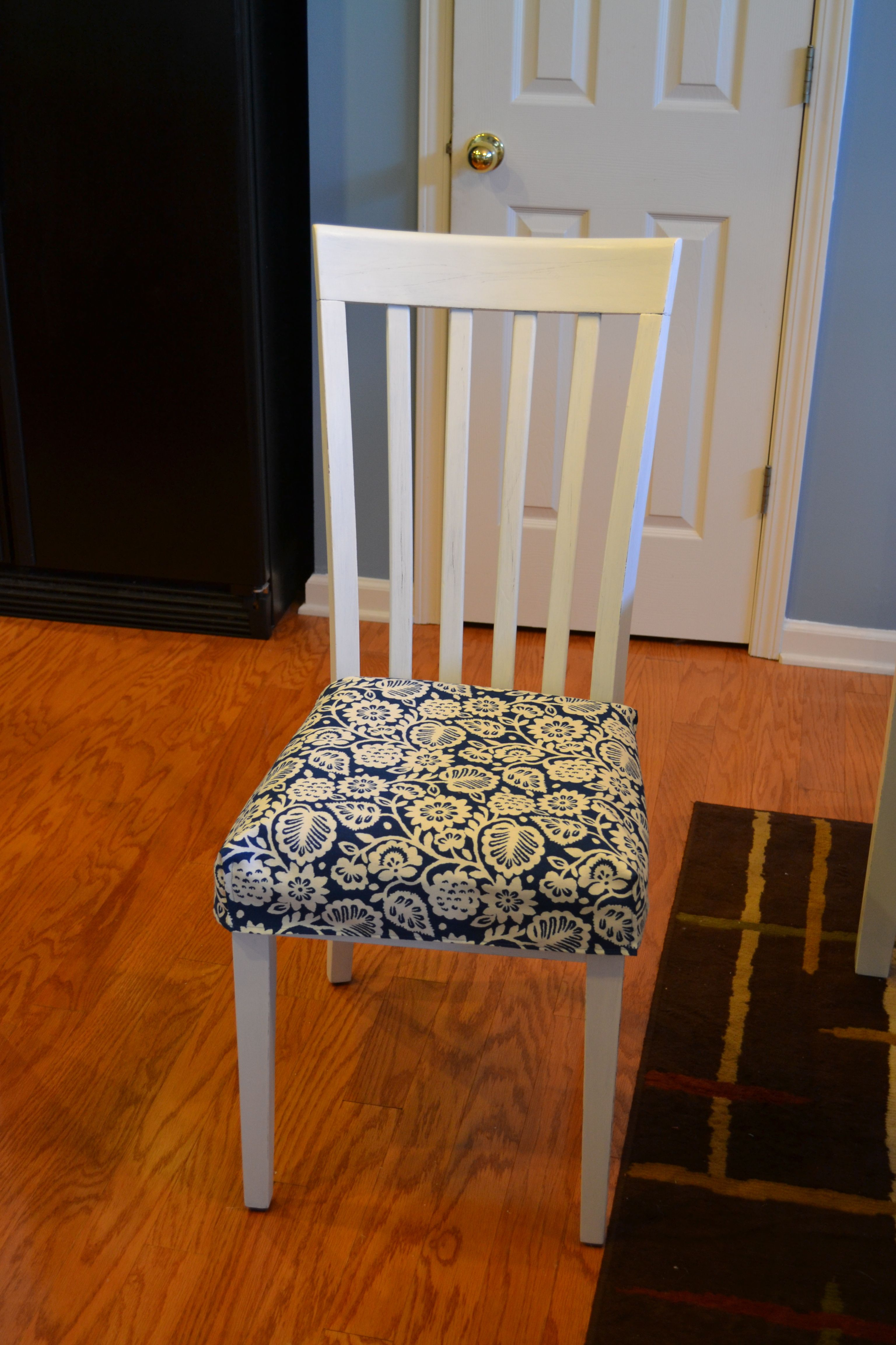 cute kitchen chair cushion tutorial  Sewing and Crafts