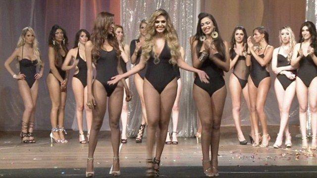 saree nude hot girls