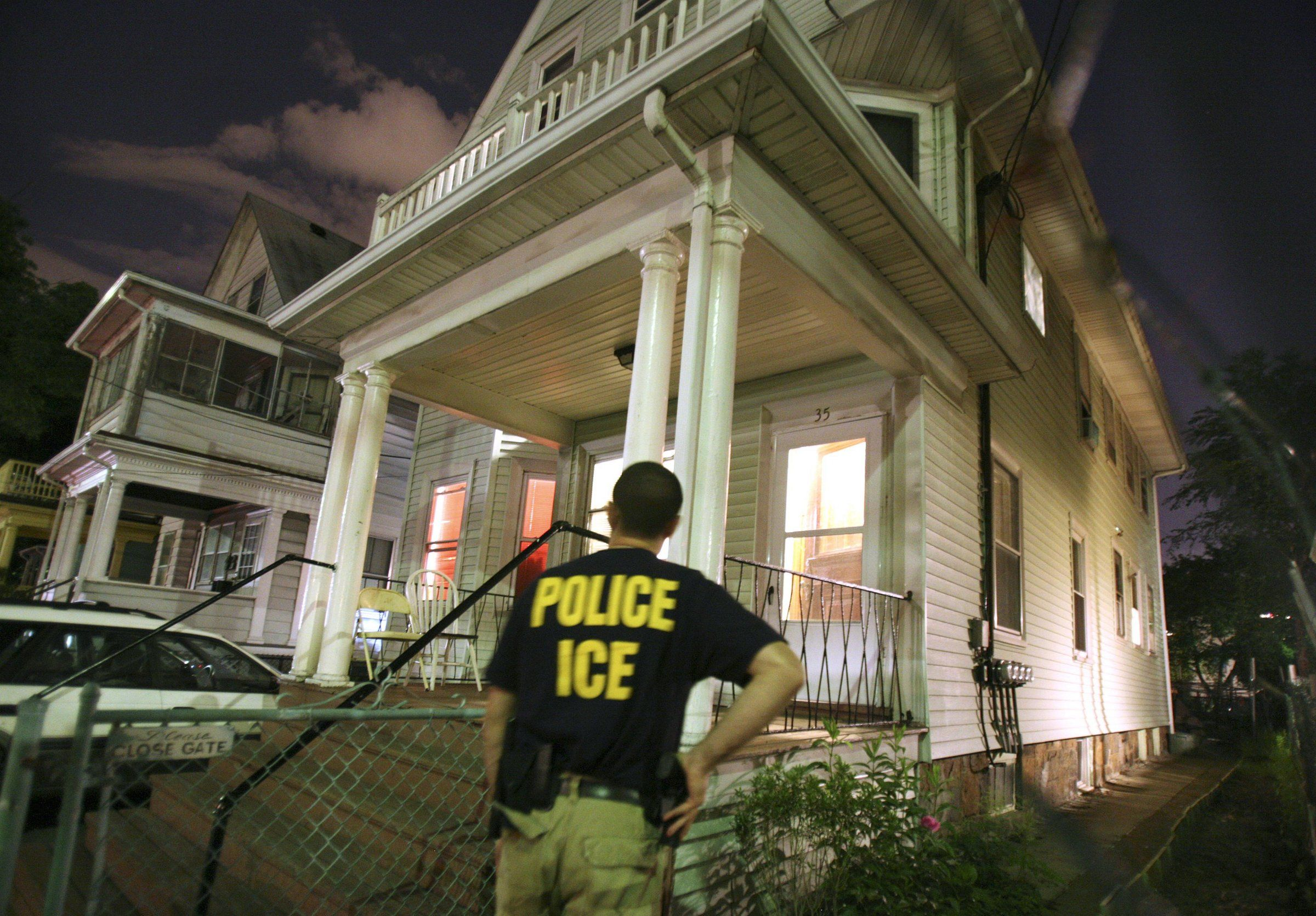 Woman renewing DACA status arrested by ICE Ice agent