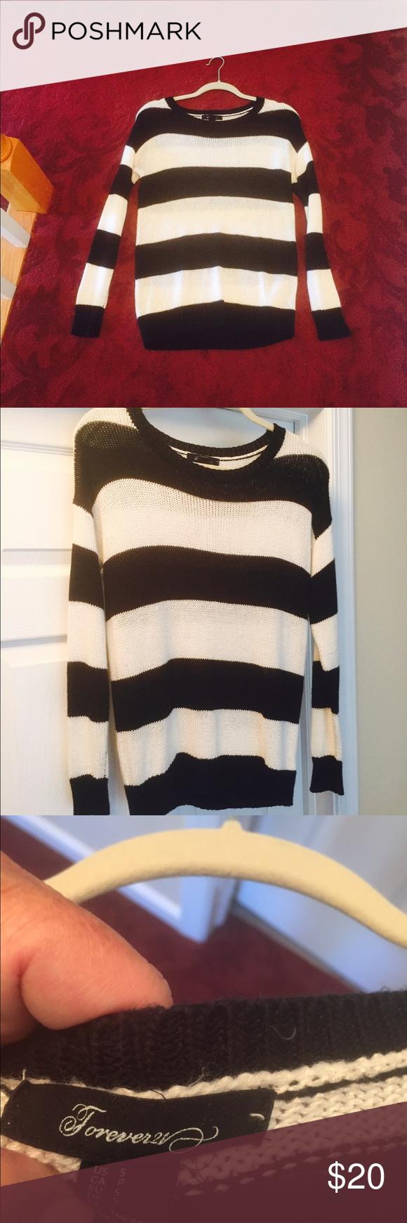 Pretty black & white light sweater in junior small | Scoop neck ...