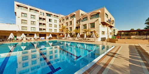 www.kanmaor.wix.com/eilat-forever-young 972-52-4822620 Book a Vacation NOW