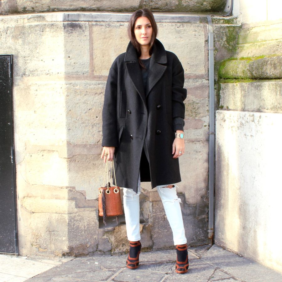 Oversize Coat Isabel Marant H&M, Bucket Bag Delphine Delafon, Shoes Pierre Hardy