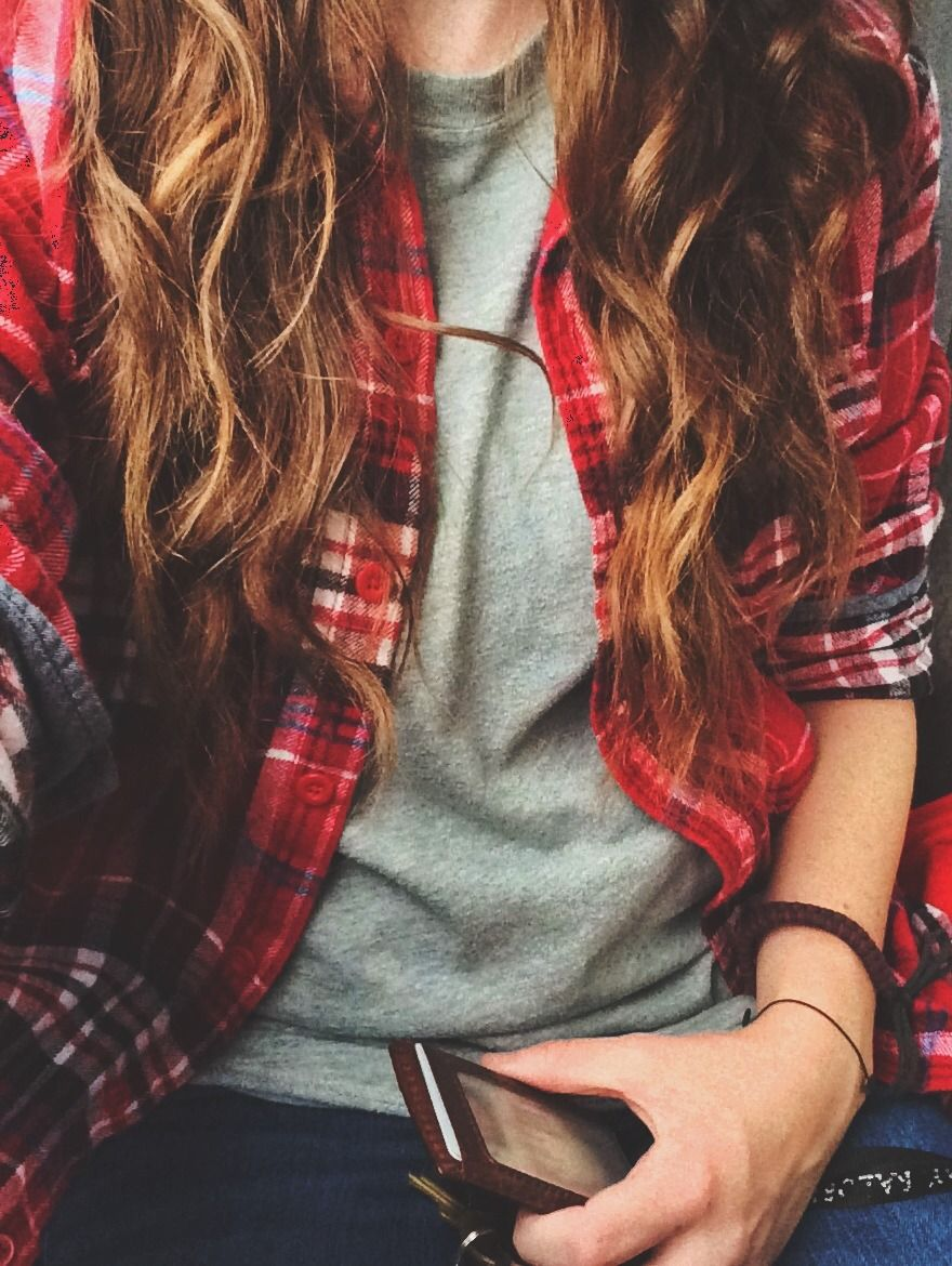Woman red flannel outfits  Pin by C u C on Mode  Pinterest  Red flannel shirt Red flannel