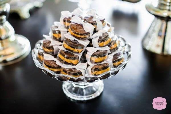 Bem-casado de brownie publicado no blog de casamento colher de chá noivas
