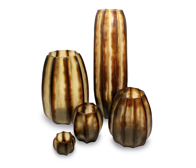 Koonam Tall Designer Vasen Von Guaxs Alle Infos Hochauflosende Bilder Cads Kataloge Preisanfrage Handler In Der Nahe 花瓶
