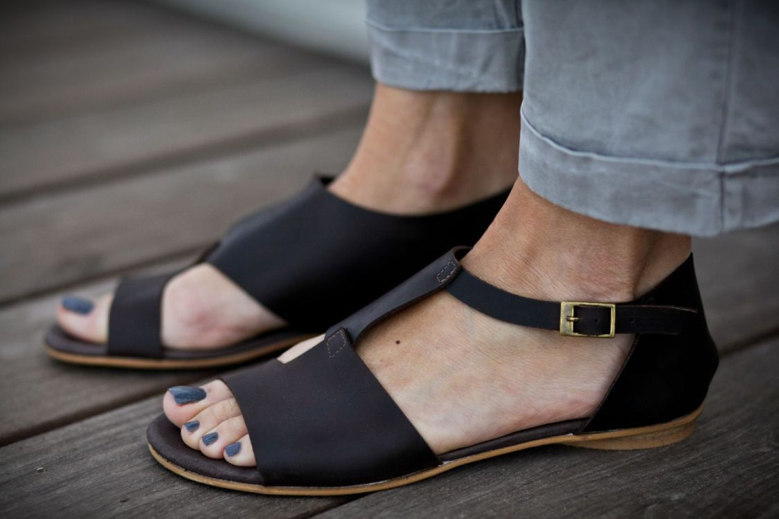 10 Sale Uma Chocolate Brown Sandals Brown Leather by abramey, $190.00
