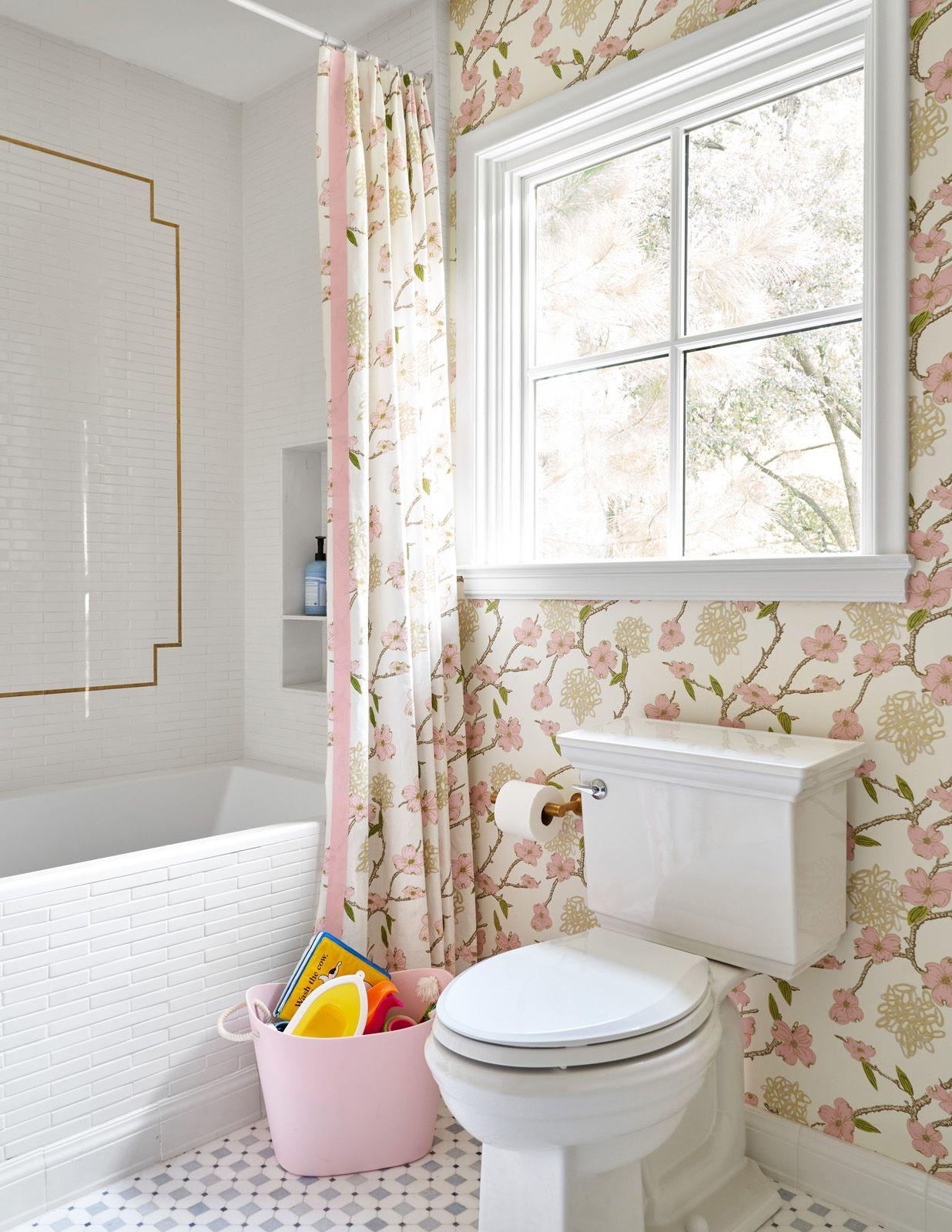 Preston Hollow Amy Berry Design Bathroom Wallpaper Girls