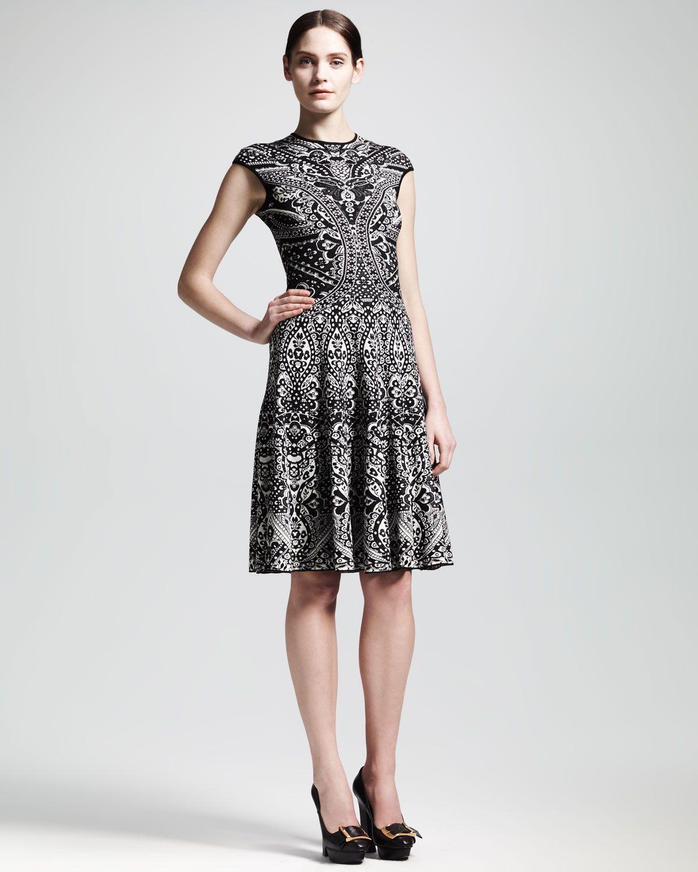Alexander McQueen Lace Jacquard Short-Sleeve Circle Dress - Neiman ...