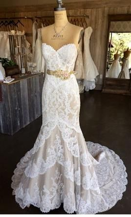 Matthew Christopher Emma This Dress For A Fraction Of The Salon Price On Preownedweddingdresses