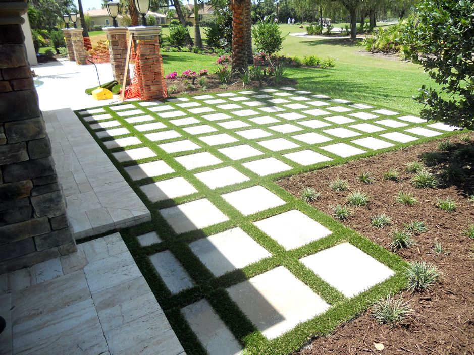 artificial grass works perfectly with the grid landscape