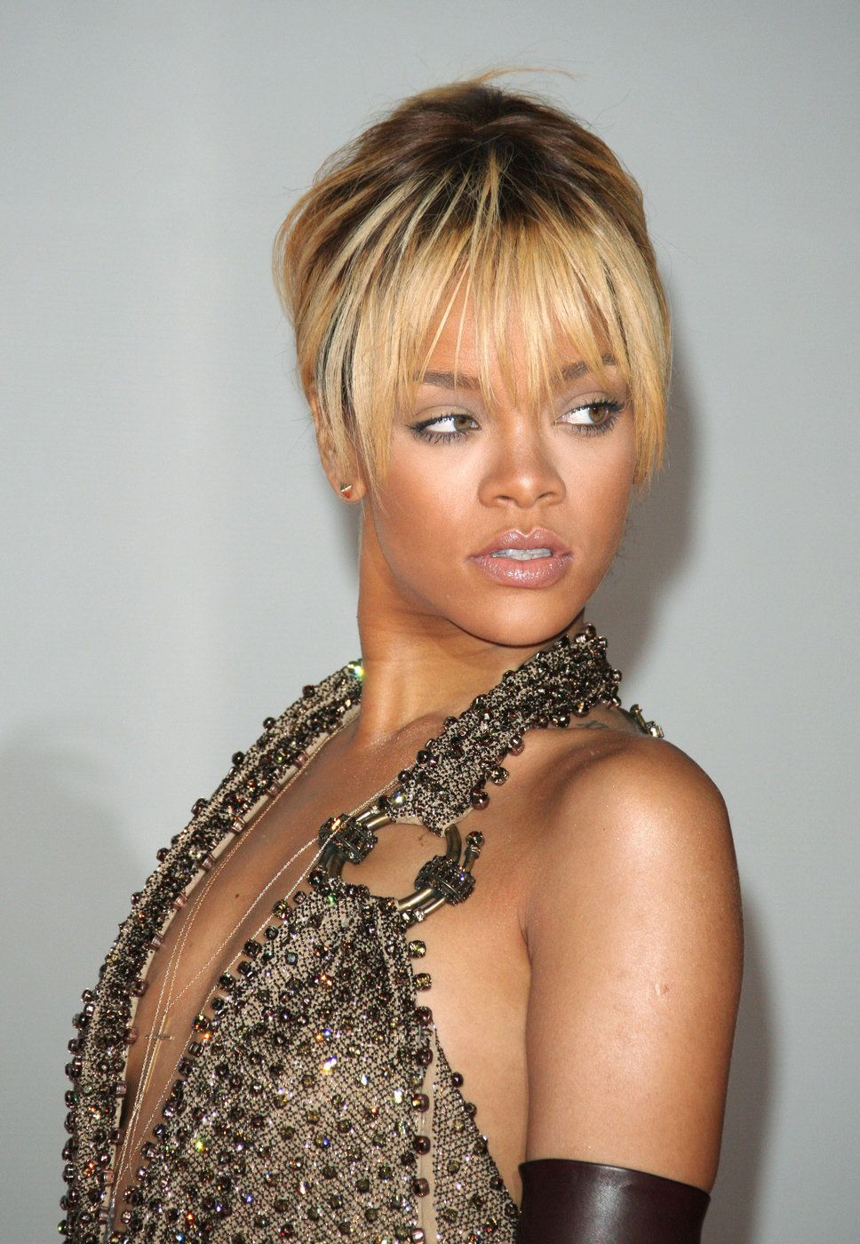 Rihanna Blondes And Bronze On Pinterest