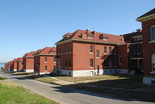 Picture - Military base offices, Presidio, San Francisco.