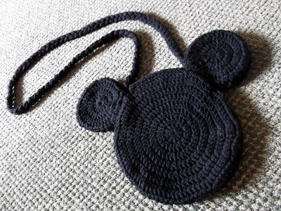Mule \'n Nag Crafts: Crochet Mickey Mouse Bag Pattern.... | Crochet ...