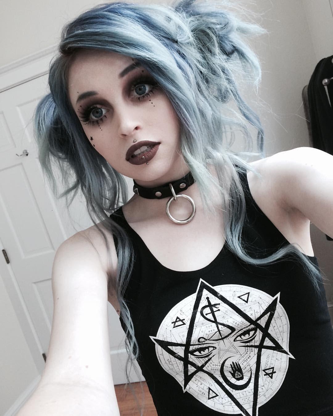 Rachael Fae Jouzai Castro Gothic Hairstyles Goth Hair Steampunk Hairstyles