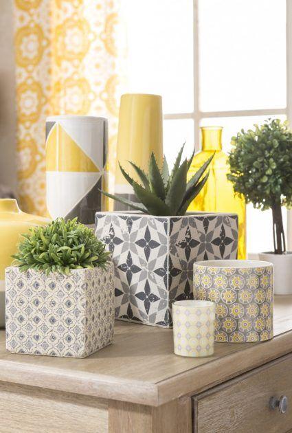 Tolle Dekoideen von Maison du Monde * gelbe Vasen und Töpfe mit Topfpflanzen * interior design