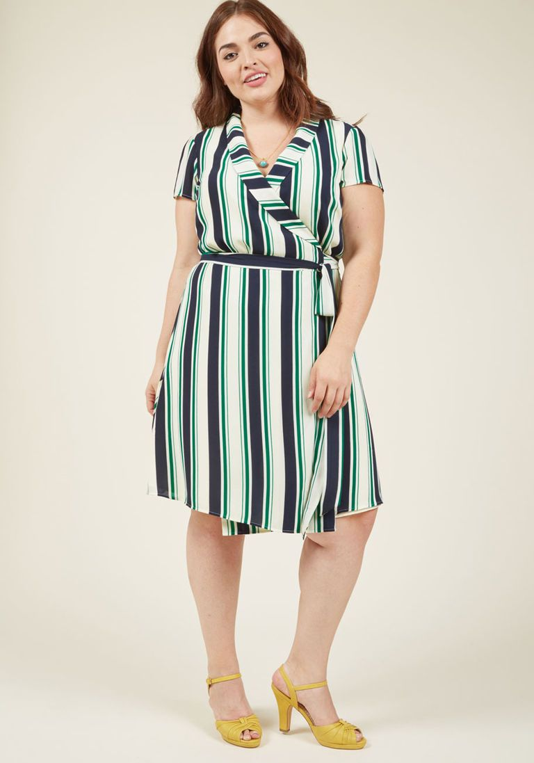 Shawl collar shortsleeved wrap dress in xxs short