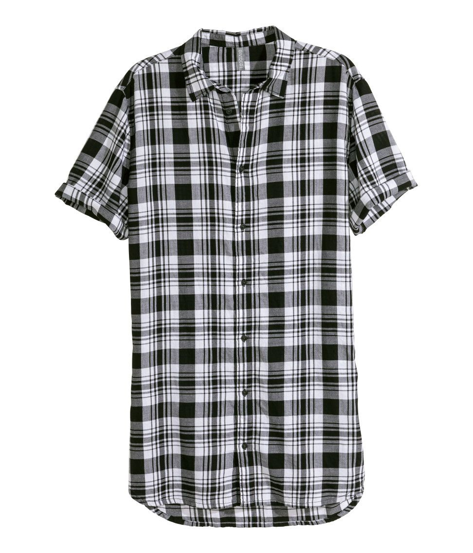 Long shortsleeve shirt in black & white plaid. H&M