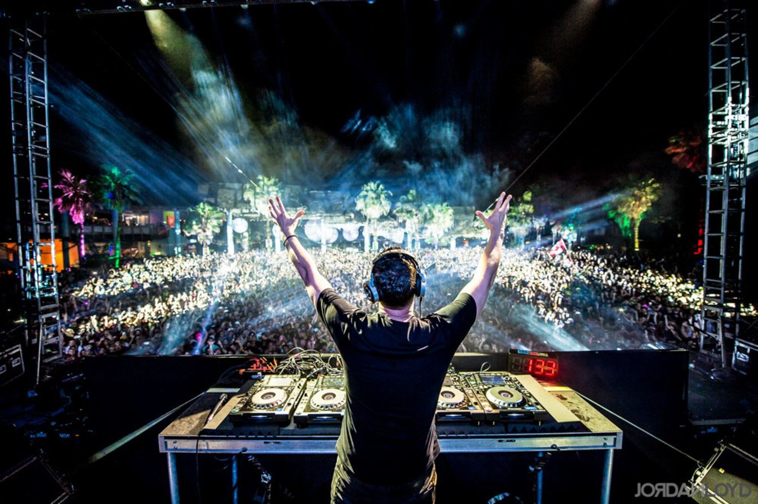 Tiesto And John Christian Team Up On New Festival Single Can You Feel It Dj Music Event Festival