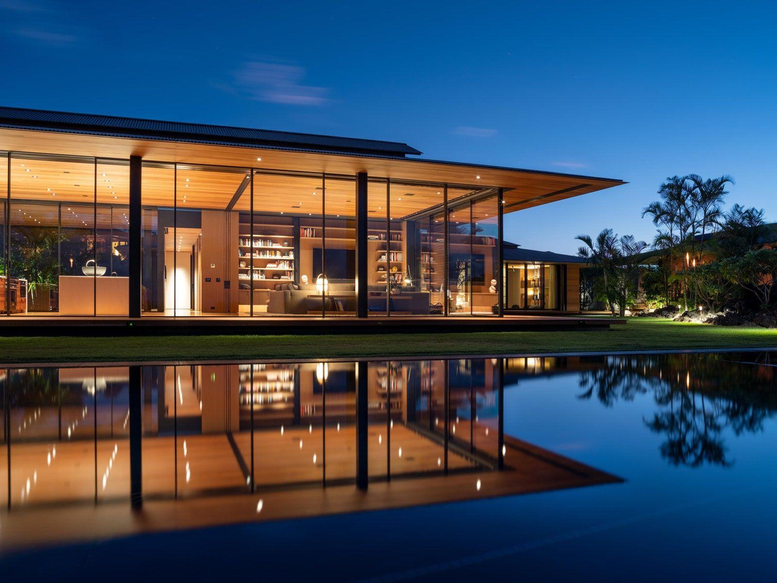 Olson Kundig S Latest Design Embraces Its Hawaiian Habitat Floating House Architecture Architectural Digest