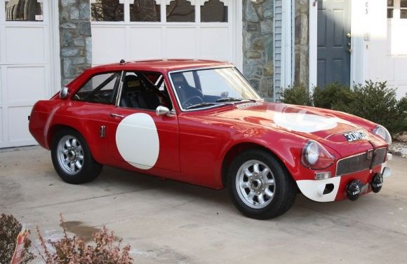 Sebring Tribute 1969 MGC GT | The English Sports Car