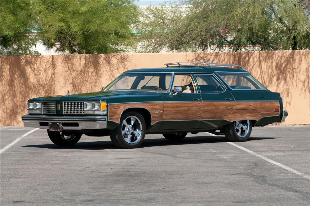 1976 OLDSMOBILE CUSTOM CRUISER STATION WAGON Station