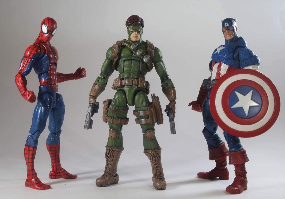 Avengers Marvel Legends Vintage Action Figure 16 cm
