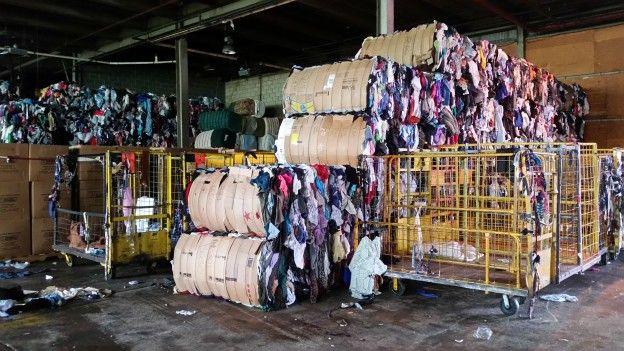 This Is What S Happening To Your Old Clothes Old Clothes Second Hand Clothes Simple Green
