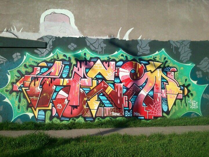 Estos Grafitis Estan Hechos Cerca Demi Casa Y Yo Les Tome Fotos - Graffitis-en-casa