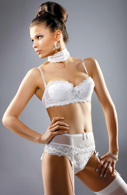 d72287197f Glamorous white bra