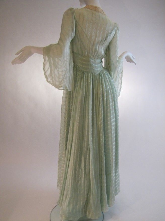 Beautiful Vintage 1930s Bridal Trousseau Silk Peignoir Set ... 86ac3fee1