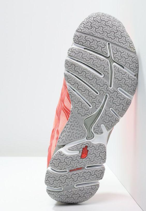 Pin de Lini en suelas | Zapatos, Disenos de unas, Luis