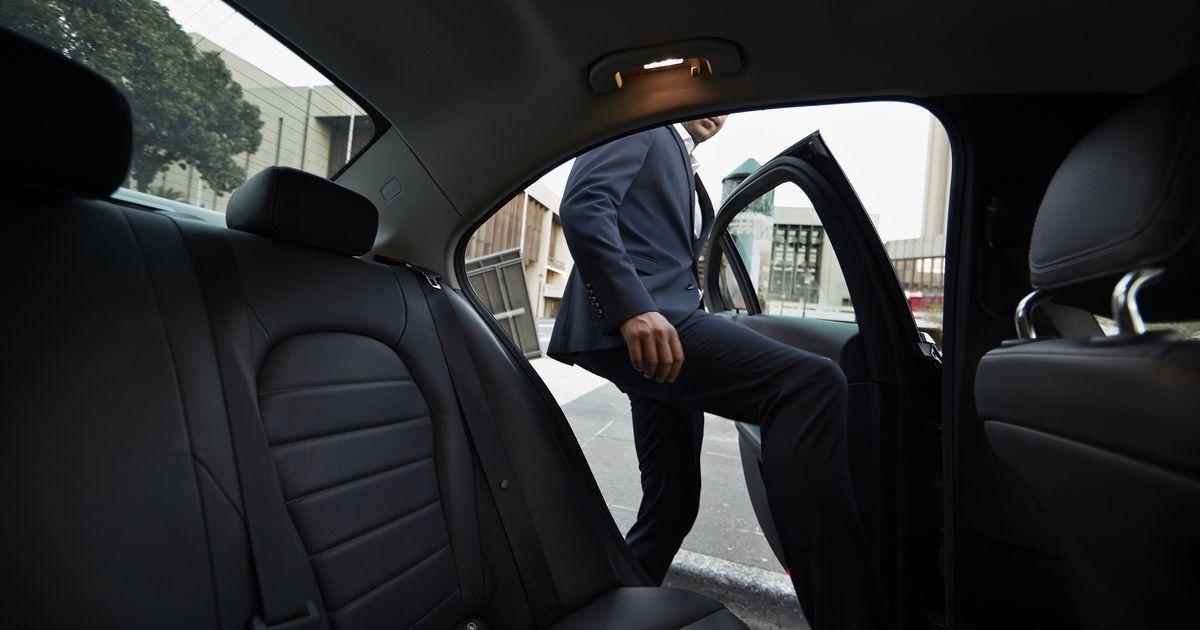 Enjoy Those Uber Select Rides While You Can Mrahmedserougi In 2020 Uber Driver Opening Car Uber Black