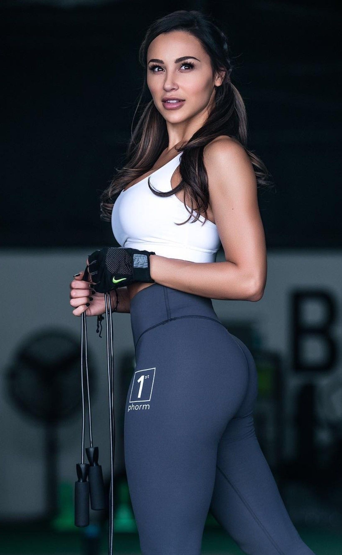 These Are The Tightest Yoga Pants I ve Ever Seen - Page 24 of 28 - Djuff 1d064554174e