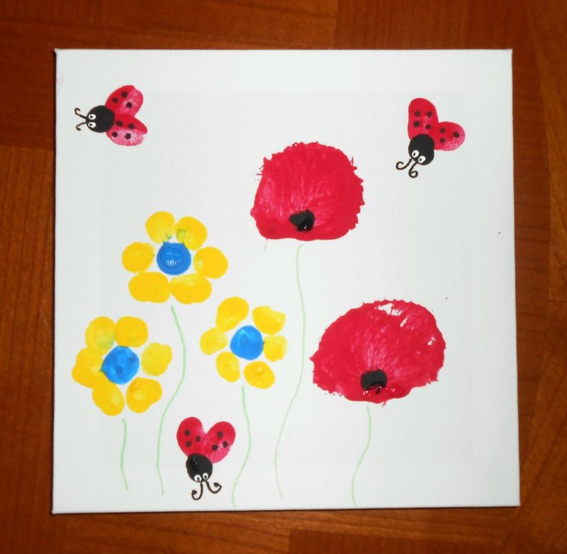 Activit manuelle peinture enfants b b coquelicots fleurs abeilles coccinelles empreintes mains - Activite manuelle fleur ...