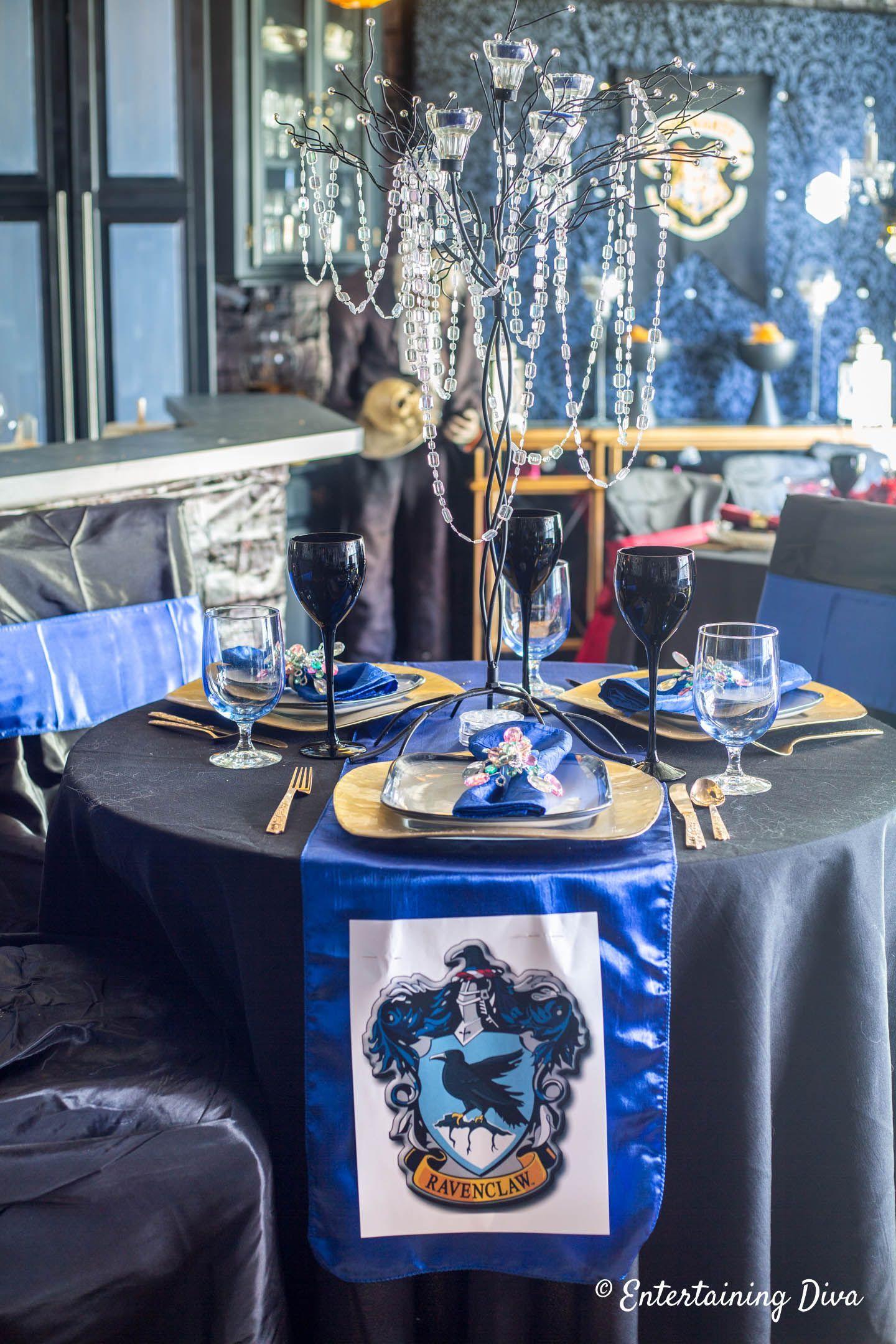 Harry Potter Table Decor Ideas Entertaining Diva From House To Home Harry Potter Table Harry Potter Halloween Party Harry Potter Party